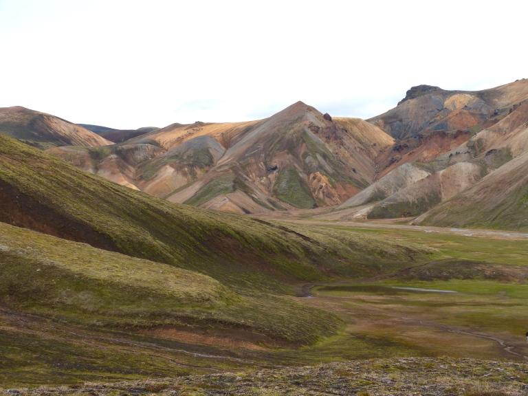 Foto1 Die farbigen berge um Landmannalaugar